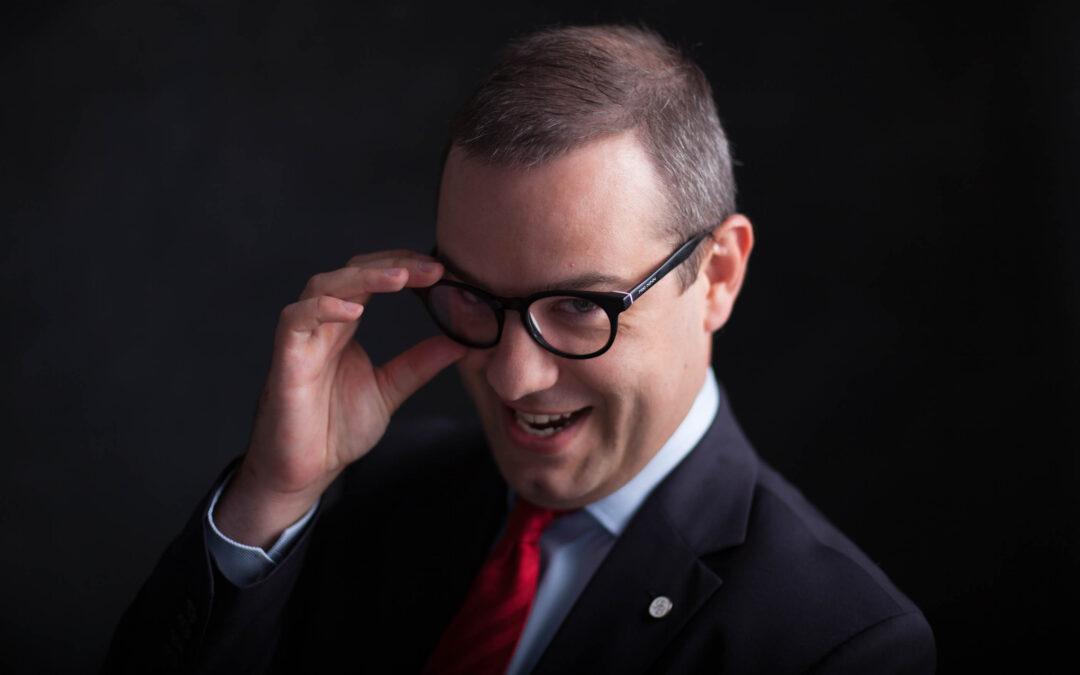 """Spotkajmy się online, czyli startuje """"Zapytaj Gnyszkę"""""""